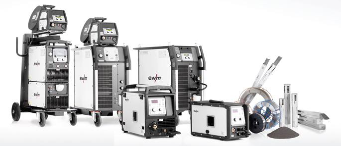 Group photo EWM welding machines